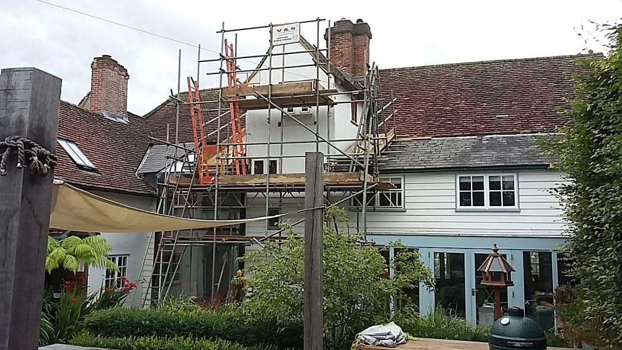 Scaffold Hire   Hertfordshire, Bedfordshire, North London, and Surrey   V and S Scaffolding Services Ltd